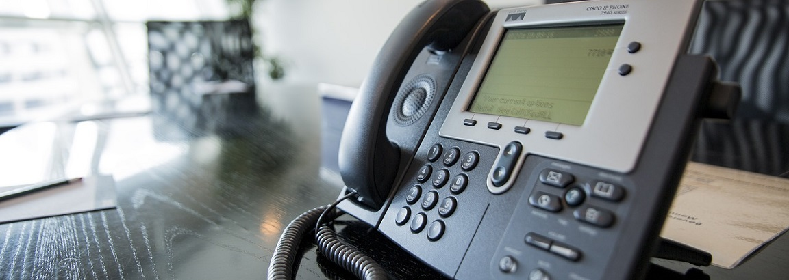 A Cisco desk phone